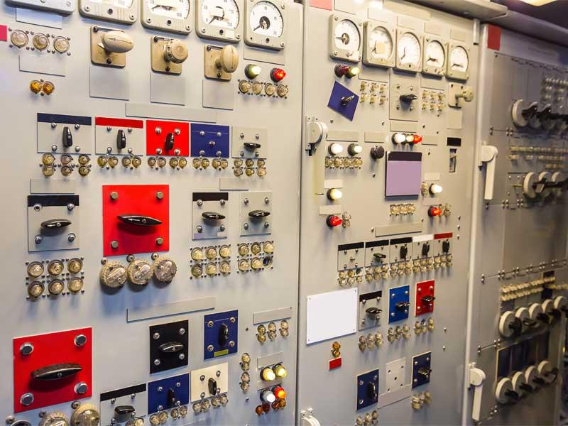 GIOVI-quadri-elettrici-settore-navale-1